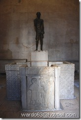 DSC_6095- Split - Palacio de Diocleciano - Pila Bautismal en el Baptisterio (Templo de Jupiter)
